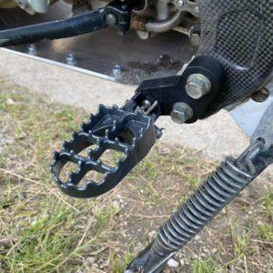 lowering footpegs kit yamaha 600 TTR/E
